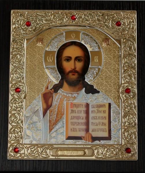 Икона Спасителя в золотом окладе
